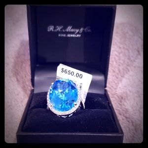 TOPAZ OVAL RING